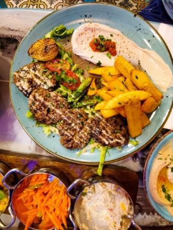 ארוחת ערב - על הגריל, בשר ודגים