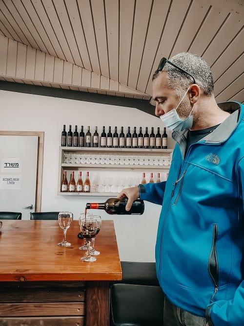 יין רימונים מכרם בן זמרה